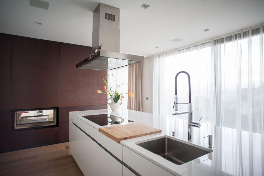 Kücheninsel zum sitzen: beton arbeitsplatte in der küche trendige ...